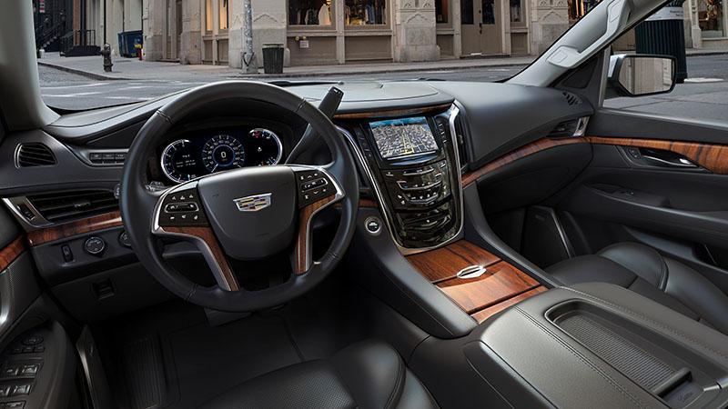 2017-Cadillac-Escalade-005.jpg