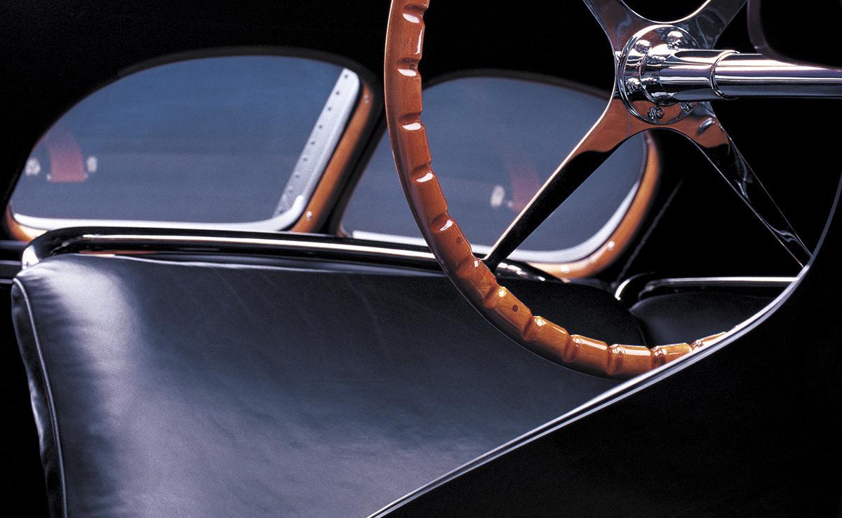 rl_automotive-bugatti_lifestyle_4_hr.jpg