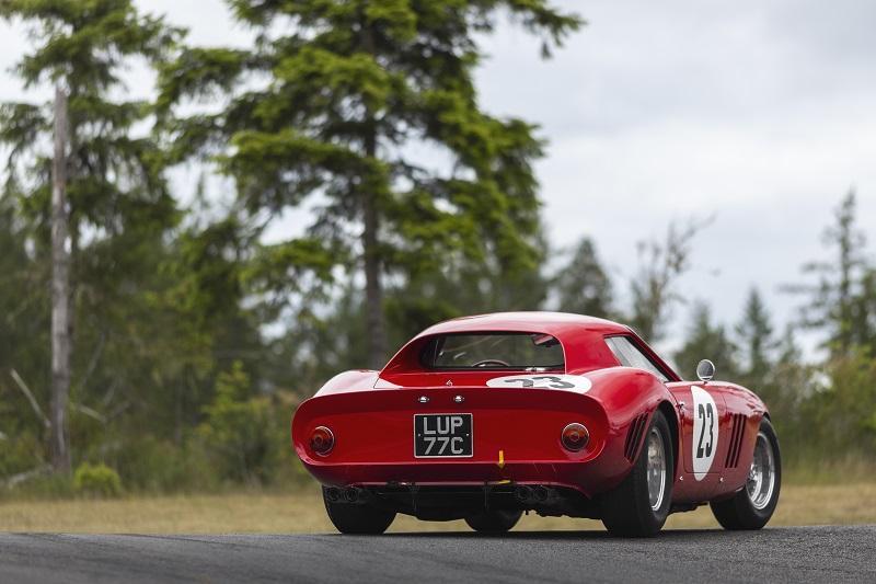 1962-Ferrari-250-GTO-by-Scaglietti_33.jpg