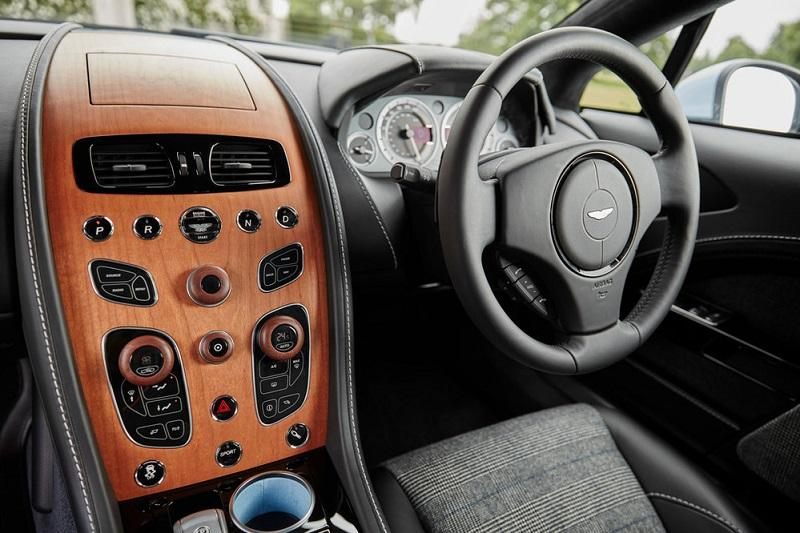 Hackett x Aston Martin Q - Nick Tydeman Photography 13_17567313のコピー.jpg