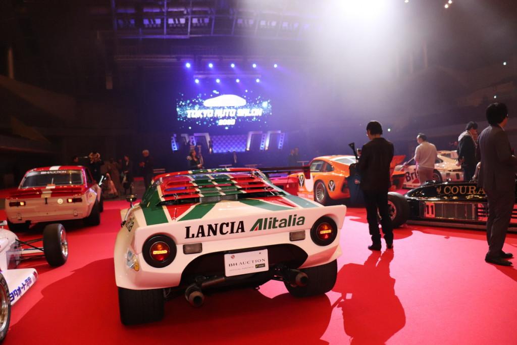 幕張メッセで開催されたレーシングカーだけのオークション結果は ...